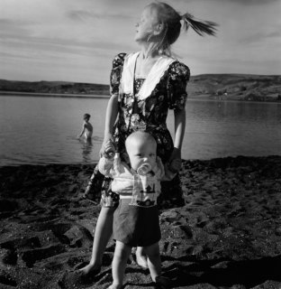 Kristin Capp; Girl with Baby, Soap Lake, Washington, 1994; inkjet pigment print; 533x517mm